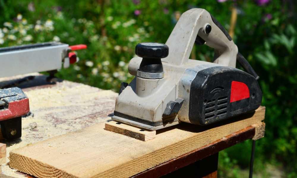 Bosch PL1632 Wood Planer