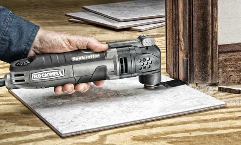 Cutting tile with an Oscillating Tool