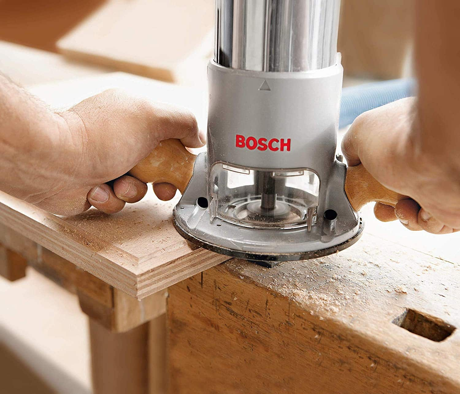 edging wood with bosch router