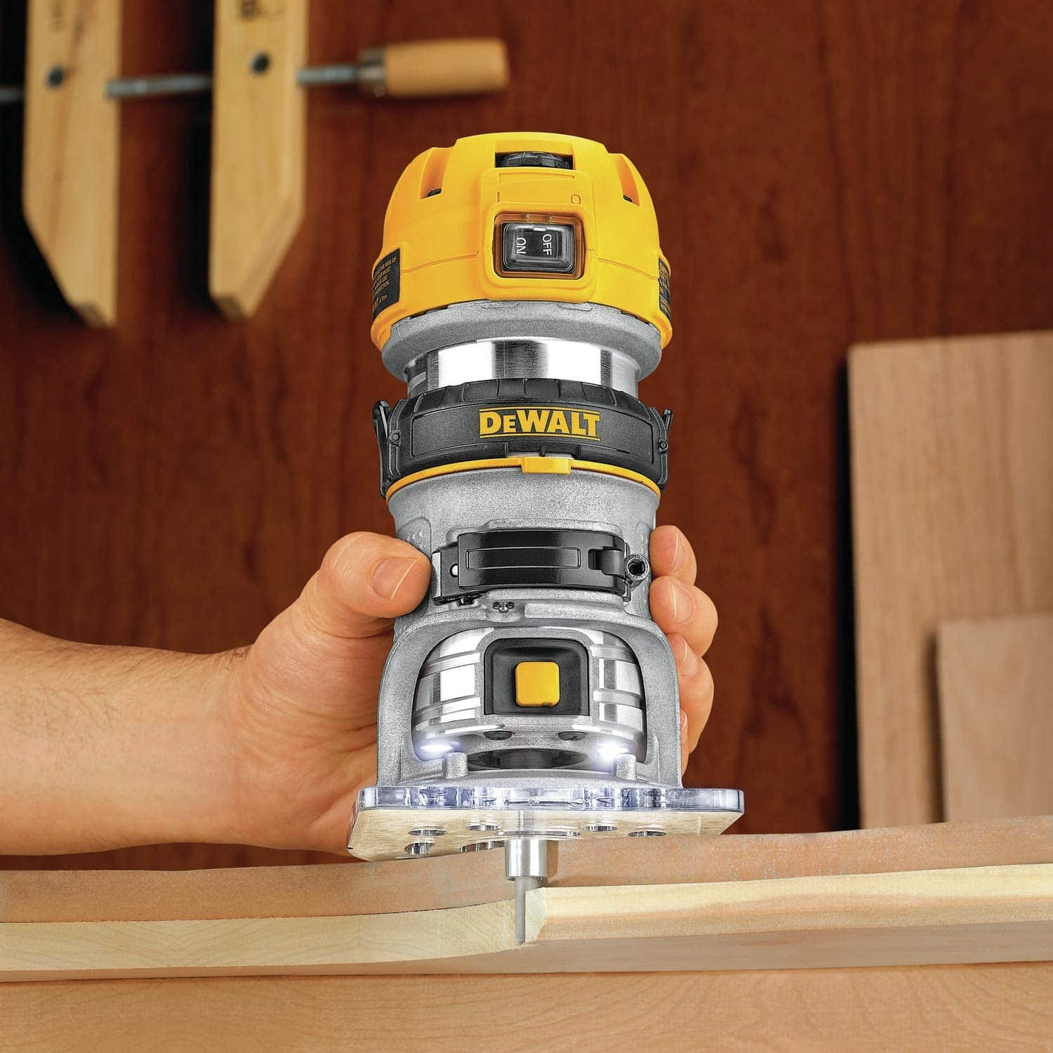 shaping wood with dewalt router